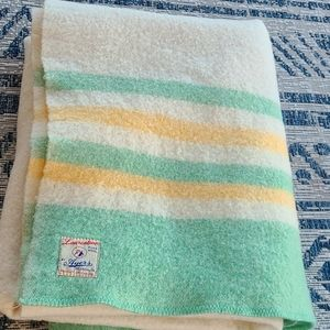 Vintage pure wool Laurentian Ayers Blanket